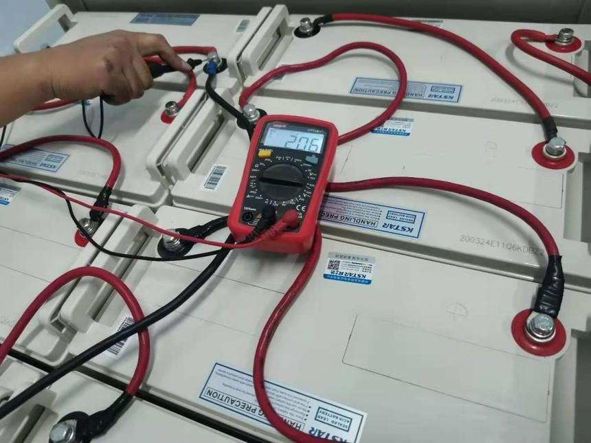 科士达UPS电池6-FM-100电压检测.jpg